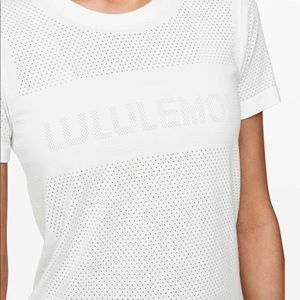 Lululemon Breeze By Swiftly White 10 Graphic